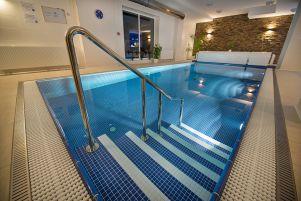 ea-hotel-kraskov-bazen-vnitrni-14-.jpg